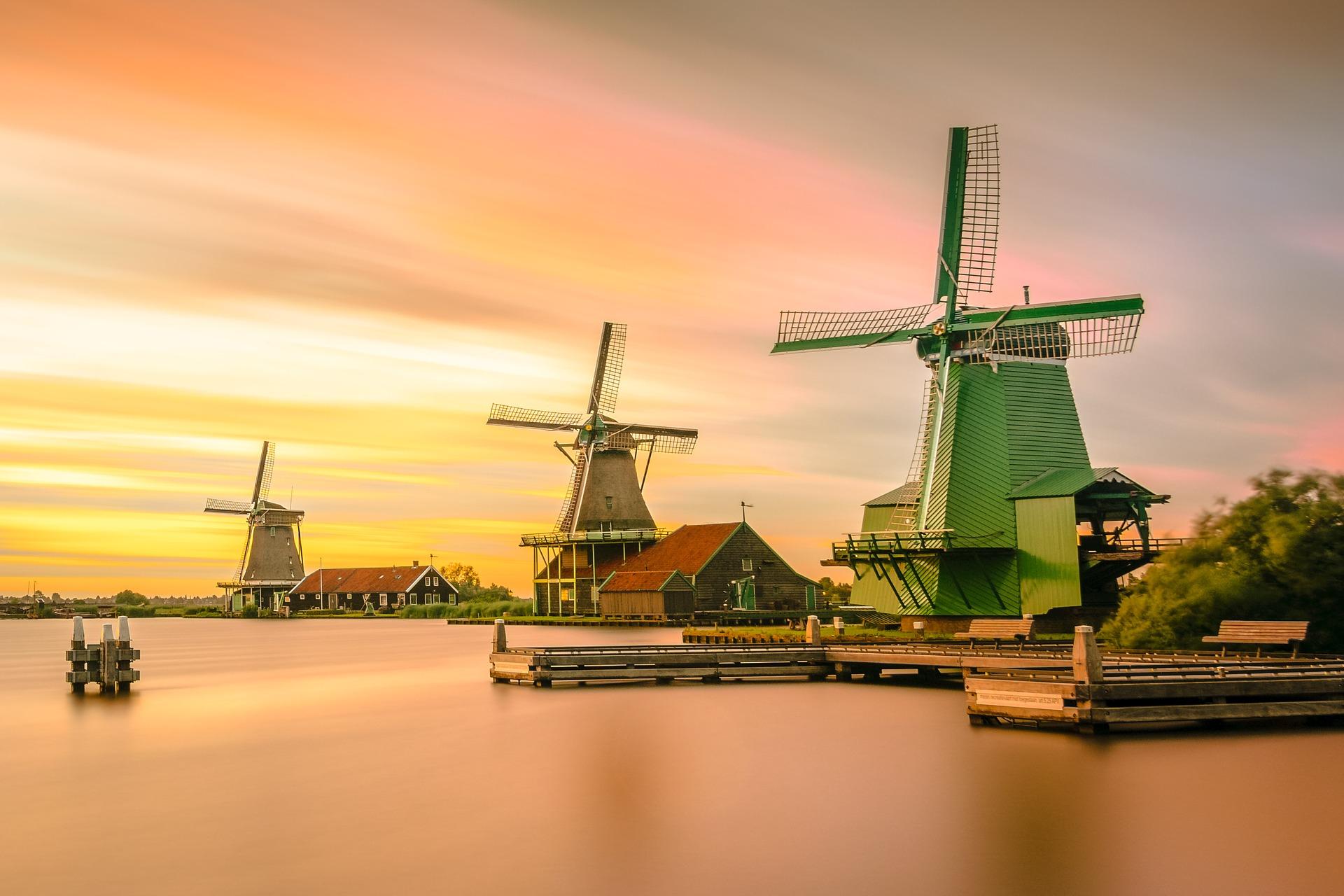 Niederlande Windmuehlen